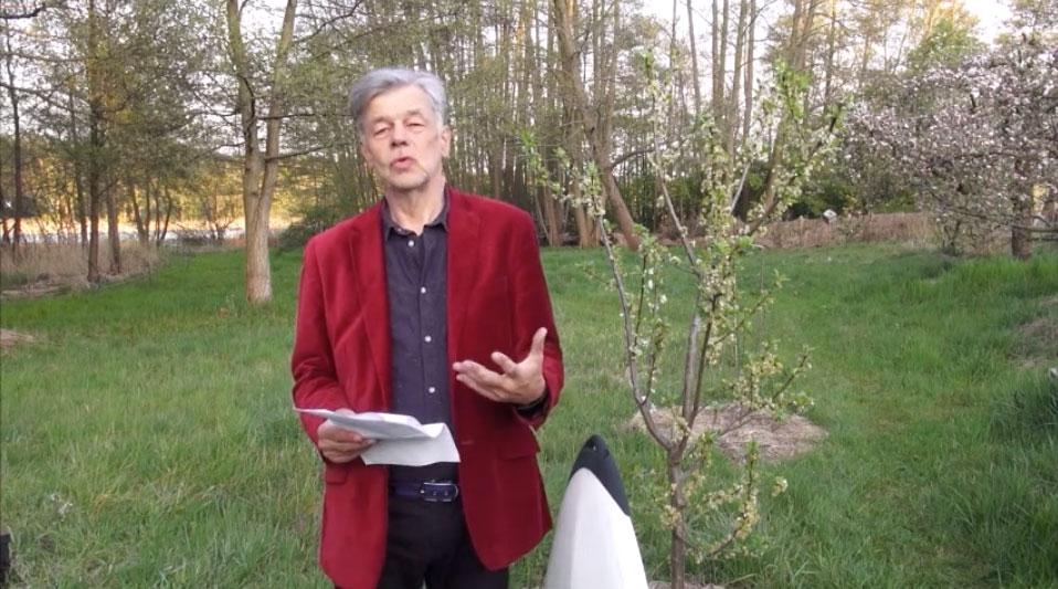 """Rheinischer Singsang: Tom Albrecht """"Methadon aus Grünheide"""" (Video 4:45 Min.)"""